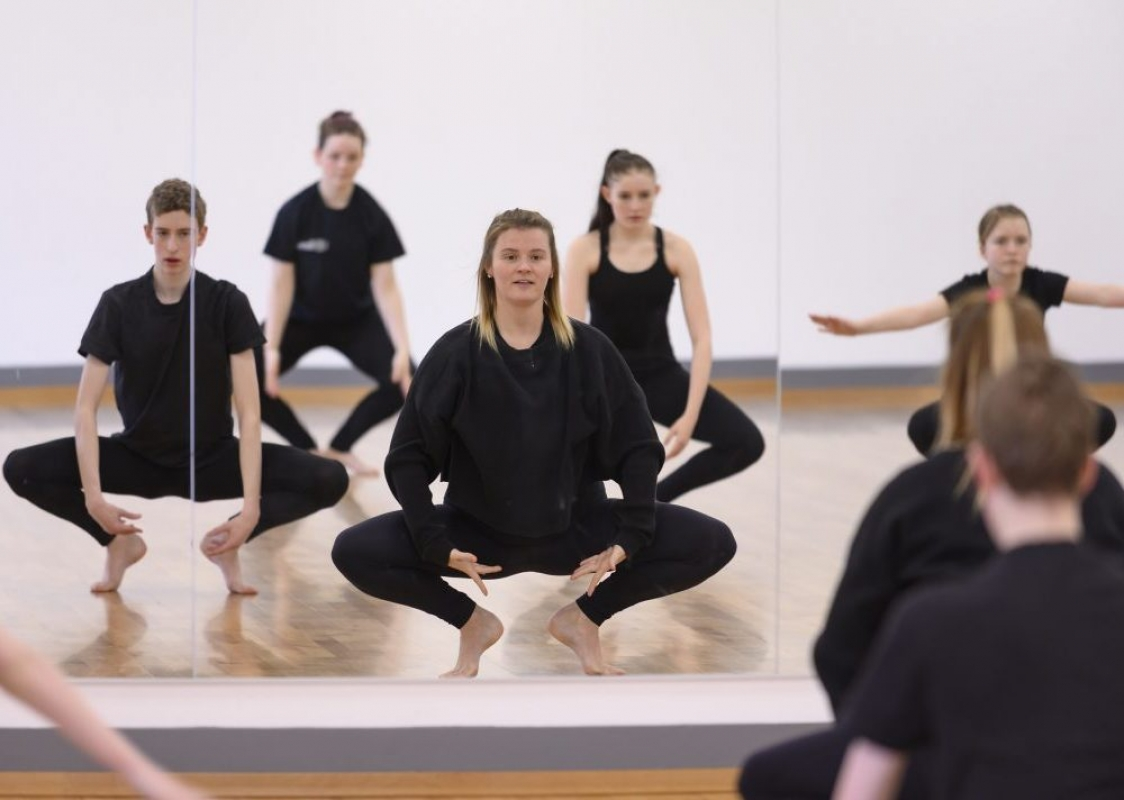 DO: Live online youth dance classes