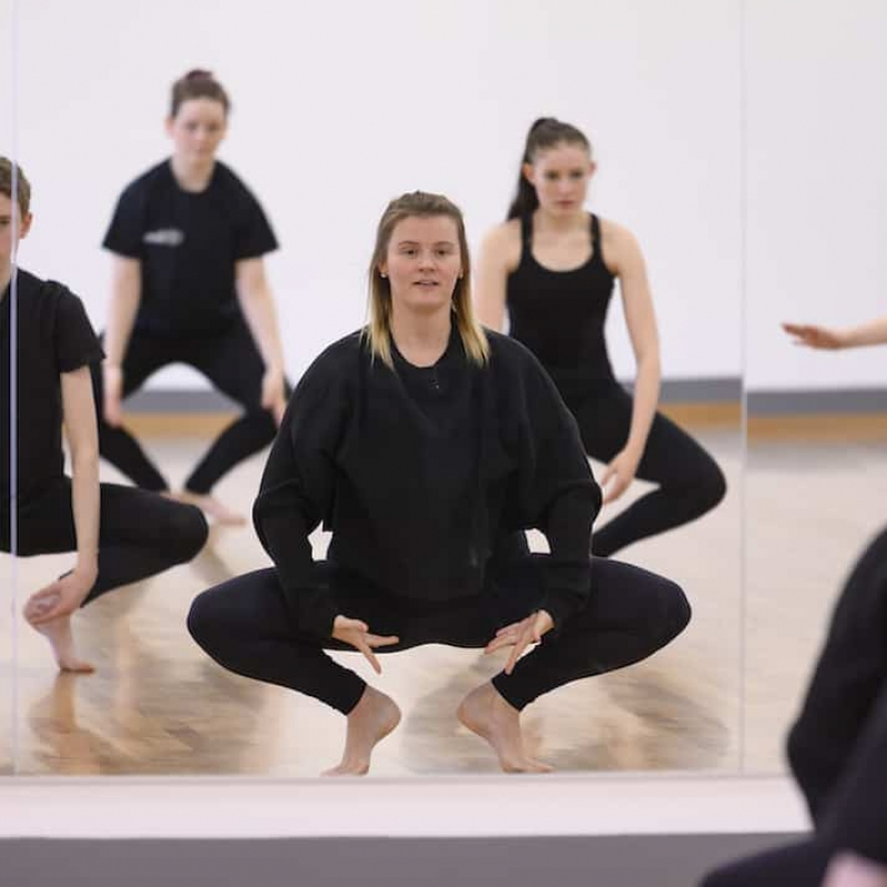 DO: Jan to March – Online Contemporary Barre